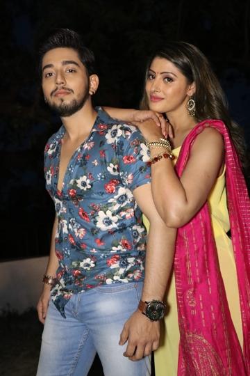 Sanchita Banerjee & Kishan Rai – Mere Pyar Se Mila De