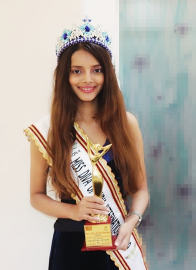 Aavya Gupta  Bags The Award  Of Miss Diva Of India International 2019  A Grand Finale Organised By Virus Films & Entertainment