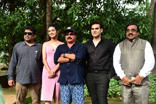 Sridevi Bungalow Bollywood Movie Successfully Shoots Their Mumbai Schedule
