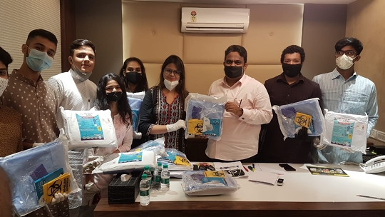 Divine Magnitude Organization In Collaboration With Young Giants Group Of Mazgaon Distributed 100 PPE (Personal Protective Equipment) Kits On 15th August