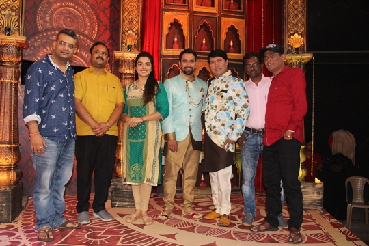 Super Star Dinesh Lal Yadav's Bhojpuri Film Niruha The Leader Musical Muhurat Held