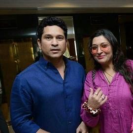 Sadaf Shaikh Celebrity Writer With Midas Touch Bollywood Hollywood Food Fashion Lifestyle