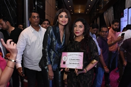 Actress Neha Dhupia Fecilitated Life Coach Dr Naavnidhi K Wadhwa With Times Power Women Awards For The Year 2019