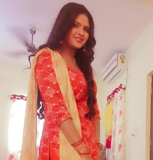 Chandni Singh started shooting of Deepak Kirana Bhandar